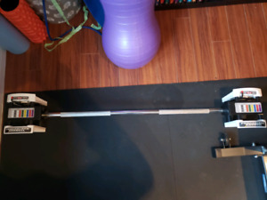 Exercise Power Block olympic weight lifting bar