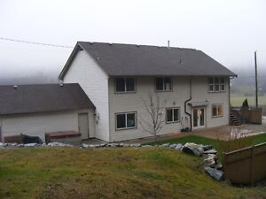 Large house for sale - 20 mins from Salmon Arm