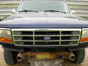 Parting out 1995 Ford F150 4x4