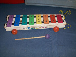 FISHER PRICE PULL TOY-NO. 870-1964/1978 MODEL-XYLOPHONE-VINTAGE!