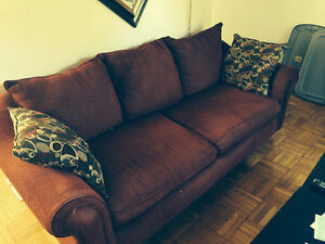 Nice 5 yr old Cloth Couch