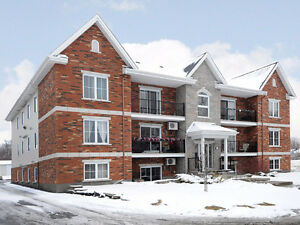 21571718  CHATEAUGUAY
