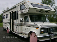 1989 Ford Holidaire (Very Clean) Motorhome Motorisé