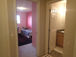 An Upstair Room For Rent (Owner & Family Live In Other 2 Rooms)