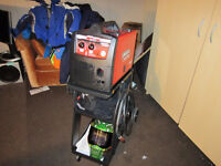 Lincoln Mig Pak 140 Welder and Accessories