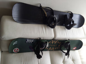 SNOWBOARDS INCLUDE 2 SHOES