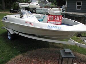 FISHING BOAT, SEATS 5   Want IT SOLD....