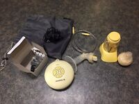 Medela Swing Pump with Accessories