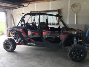 4 seater Polaris RZR 1000