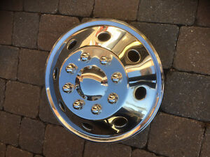 Stainless steel hubcap 16.5 inch Ford rim from RV