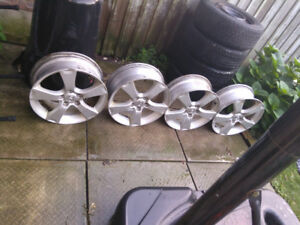 4 rims - came of Mazda 6 2010