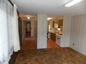 Lake View 2 Bedroom Mobile in Most Desirable Park! Williams Lake Cariboo Area image 8