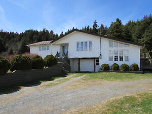 UNIQUE DESIGN HOME, CHAPEL'S COVE...4.2 ACRES ..PRIVACY...