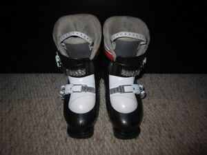 Youth Size 11-12 Downhill Ski Boots