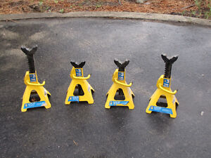 4    3 ton vehicle axle stands