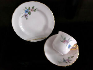 Fine English bone china dessert set