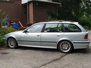 2000 BMW 5-Series Touring Wagon - M5 package & series interior