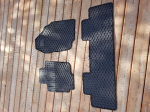 Rav4 Rubber Floor Mats