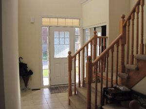 3 Bedrooms for Rent in shared house- north Richmond Hill- Nov 15