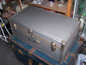 Chrome Metal Travelling / Storage Chest