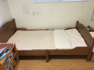 Ikea SUNDVIK - Ext Toddler to Twin Bed, incl Frame & Mattress