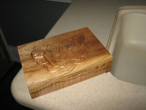 Wood Carved Keepsake Playing Card Box Strathcona County Edmonton Area image 4
