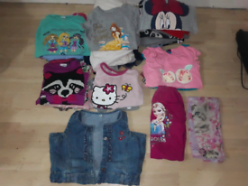 BUNDLE OF CLOTHES AGE 3-4 YEARS - OVER 20 ITEMS