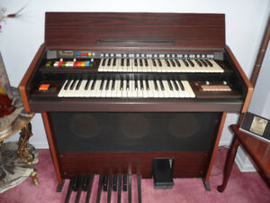 Bontempi Stereo Organ with bench