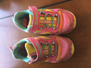 Girl's sketchers light up shoes - size 8T