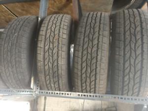 Like new 4 x 225/65R17 Bravo H/T summer tires pneus d'été