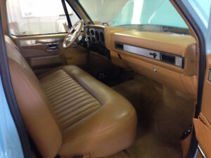 Wanted: Bench seat for 1975-1987 Chevy Truck