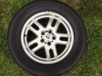 Range Rover Vogue original genuine alloy wheels and tyres
