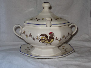 Soup Tureen - Rooster - Japan