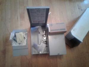 2 boîtes électriques 60 ampères neuves pour SPA