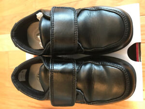 Hush puppies toddler boys black shoes size 9