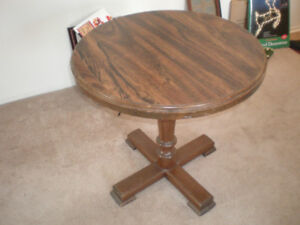 NICE ROUND WOODEN TABLE