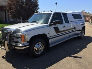 1993 GMC Sierra 3500 SLE dually