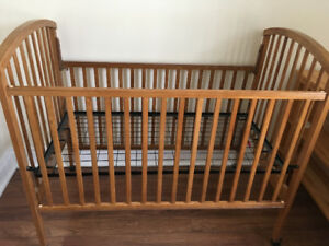 Solid wood crib