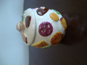 "Vintage ""cookies"" cookie jar!! Cambridge Kitchener Area image 1"