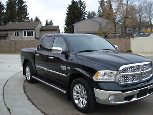 2015 Dodge 1500 Laramie , 4x4 ,Warranty , one owner, leather