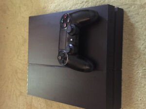 Used PS4 with 1 controller included