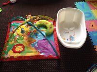 Baby play mat & bathtub £20