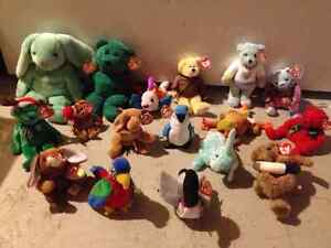 17 Mint Condition TY Beanie Babies