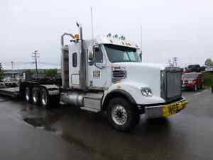Repo'd 2015 Freigthliner 122SD Tridrive Logging Truck