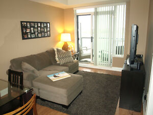 Luxury Furnished 1 Bedroom Condo THORNHILL-NOT AURORA