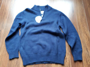Boys sweater-size 6  brand new