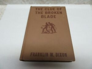 1942 HARDY BOYS CLUE OF BROKEN BLADE 218 PGS