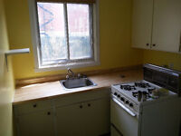2Br - 4 1/2 NON-Chauffe / Unheated a Cote des Neiges - Montreal