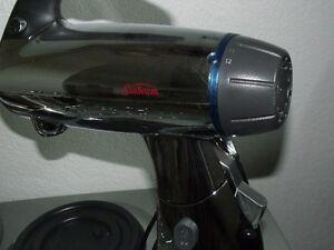 Sunbeam 2379 Mixmaster 300-Watt 12-Speed Stand Mixer
