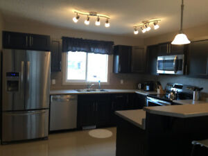 Modern 3 bedroom upper level home available now